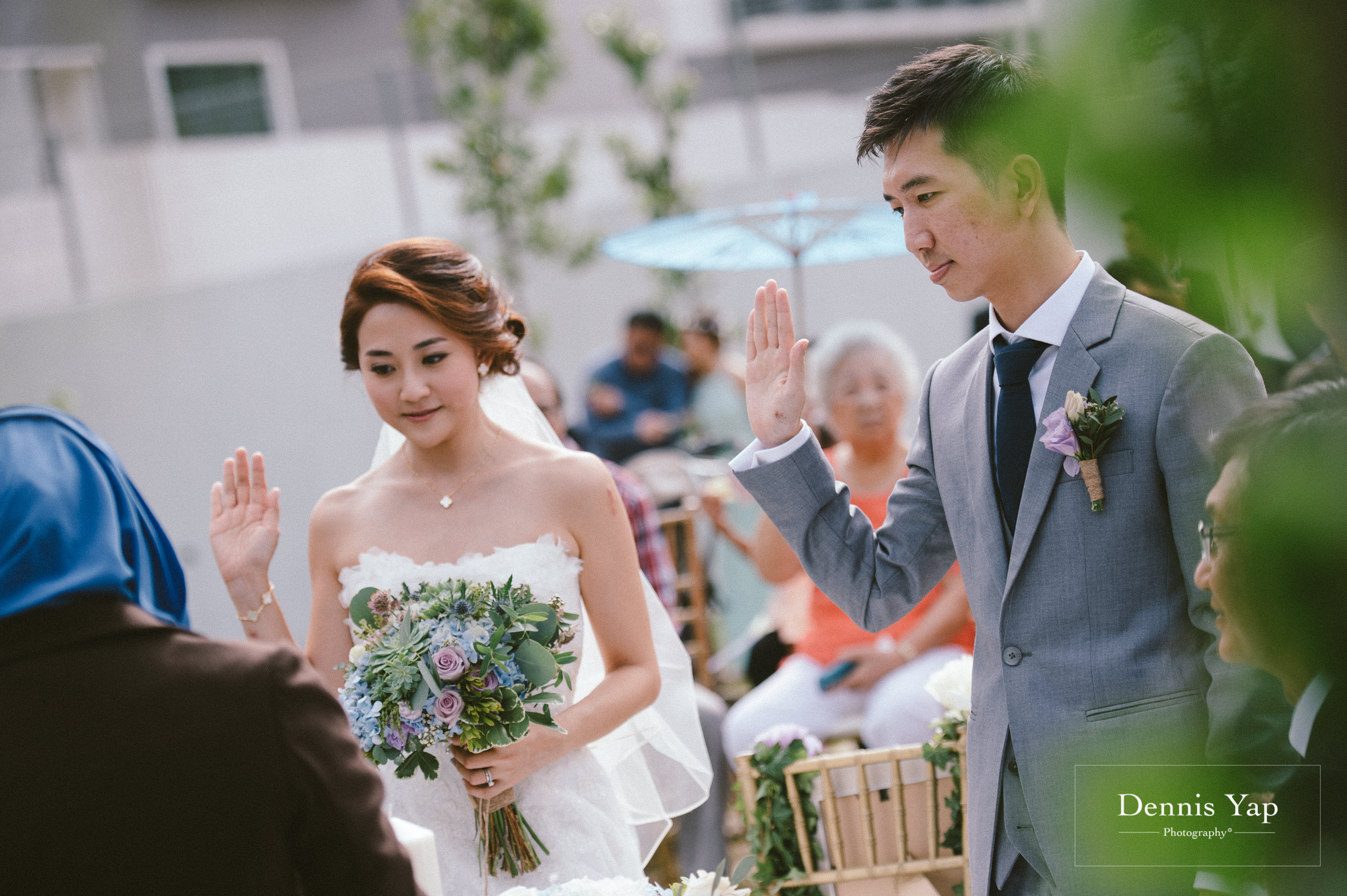 jamie hann wedding day gate crash garden wedding dennis yap photography traditional chinese tea ceremony-30.jpg