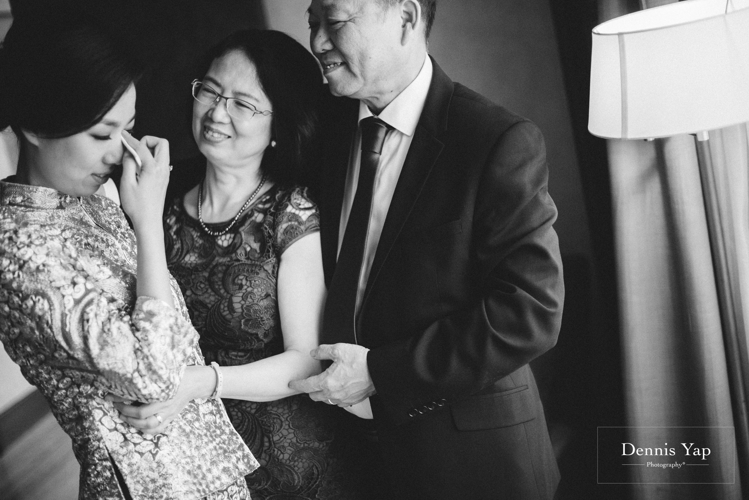 wai keong jenny wedding day bangsar dennis yap photography emotions beloved family-6.jpg