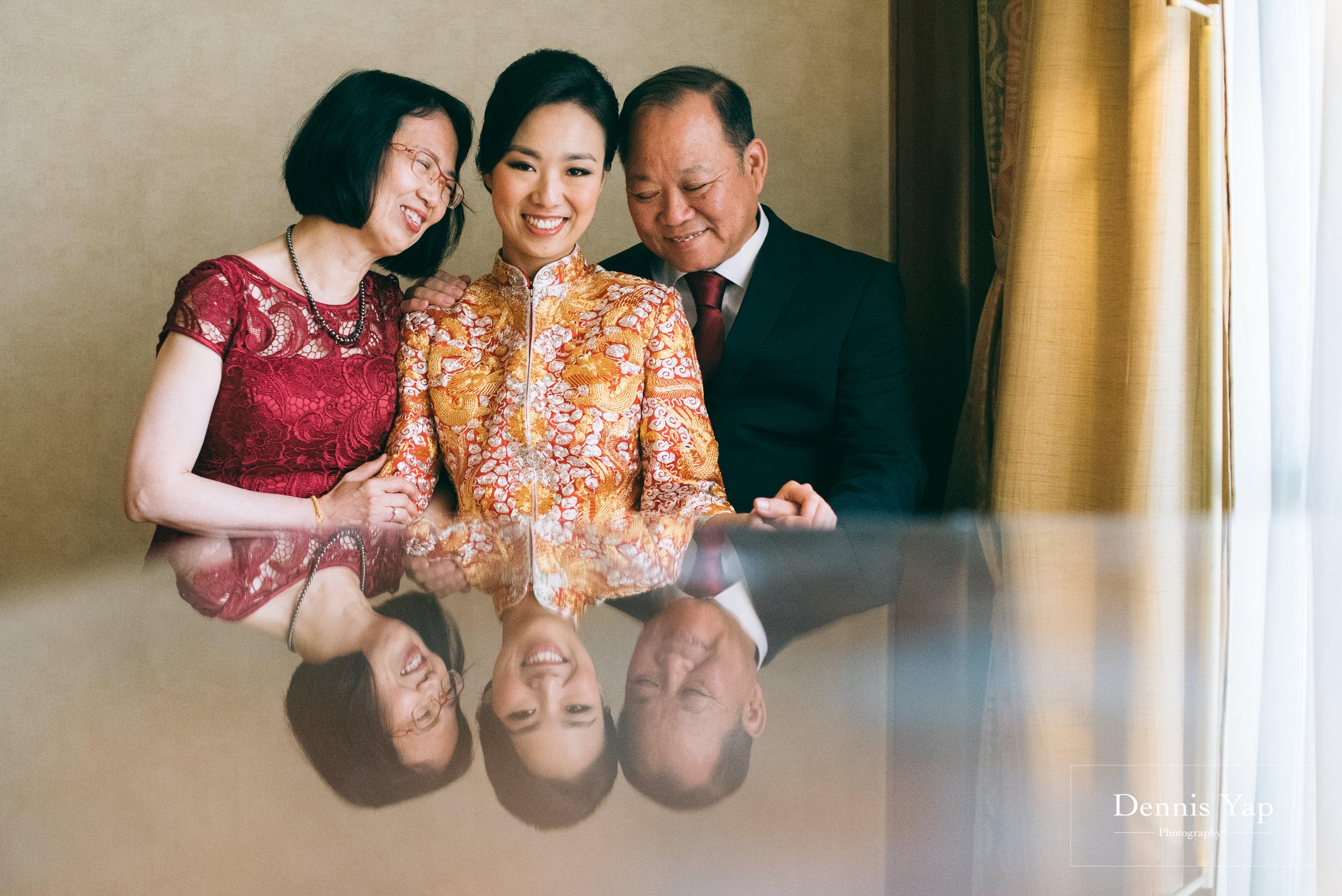 wai keong jenny wedding day bangsar dennis yap photography emotions beloved family-9.jpg