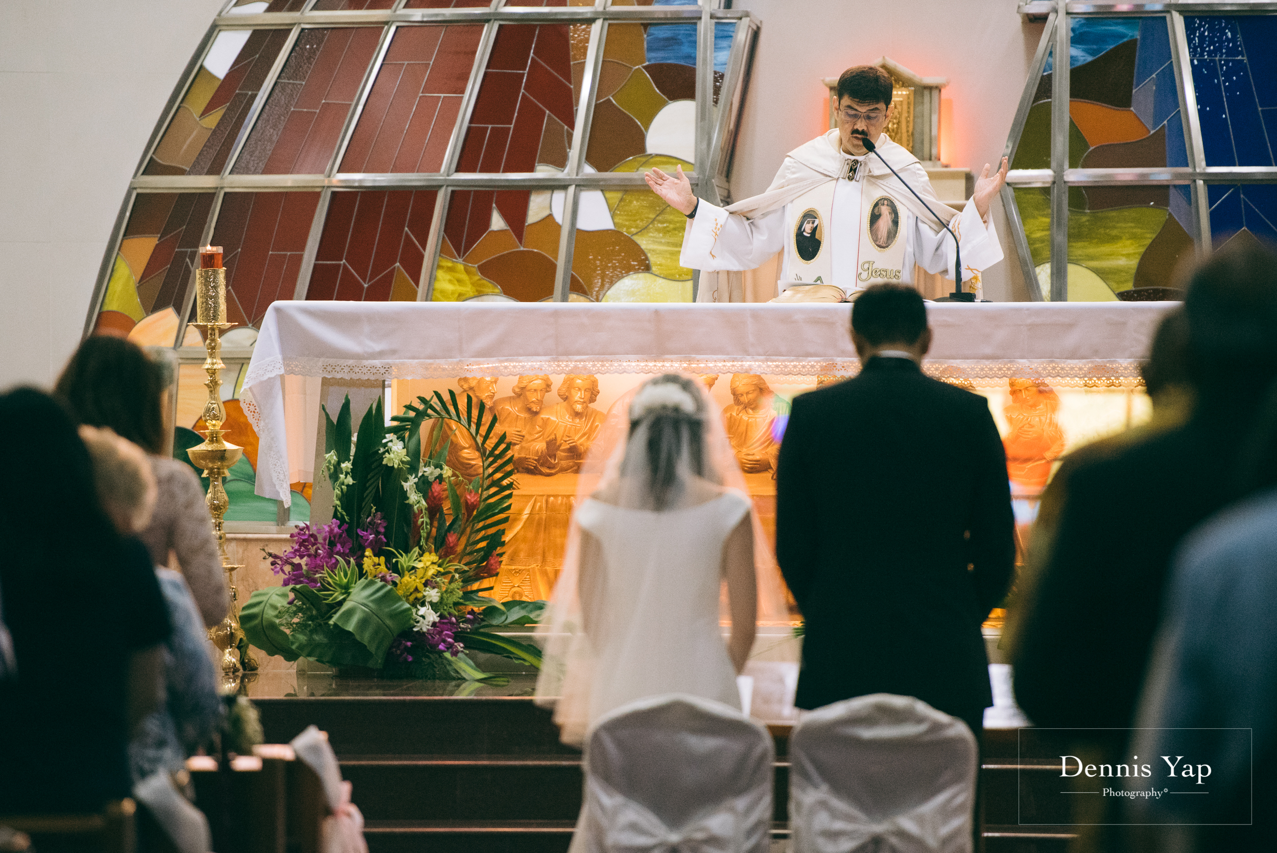 alroy teresa church wedding in church of divine mercy kuala lumpur malaysia wedding photographer dennis yap-13.jpg