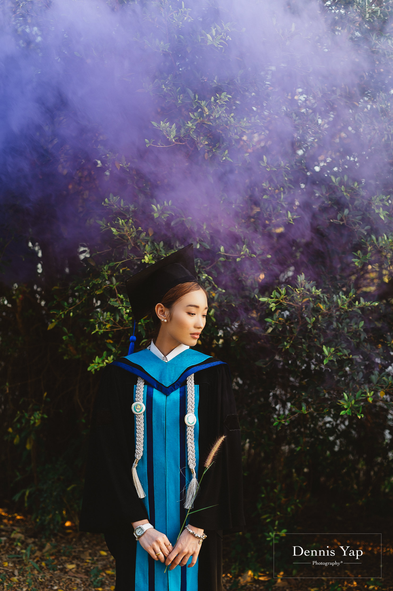 poppy graduation smoke conceptual thai chambers of commerce dennis yap photography communication art second class honor-9.jpg