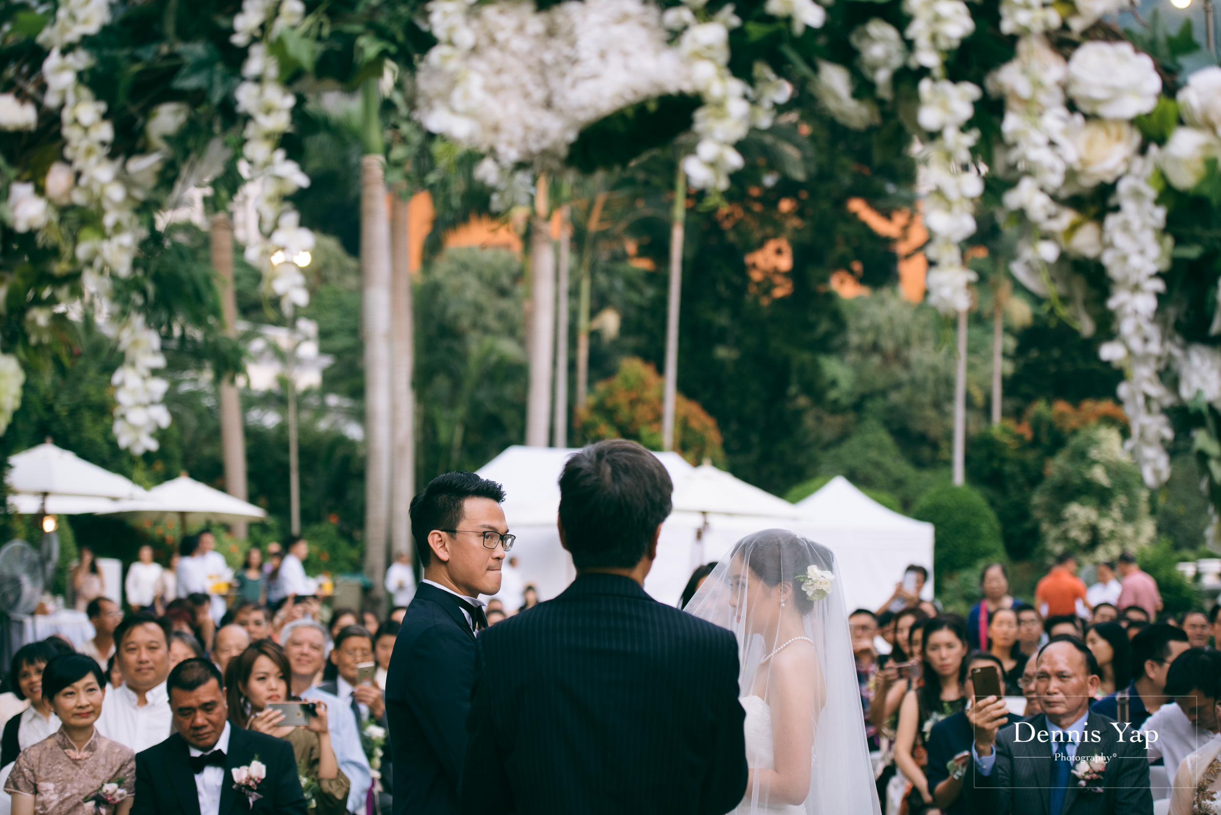 jason crystal wedding day gate crash hong kong garden wedding dennis yap photography-28.jpg