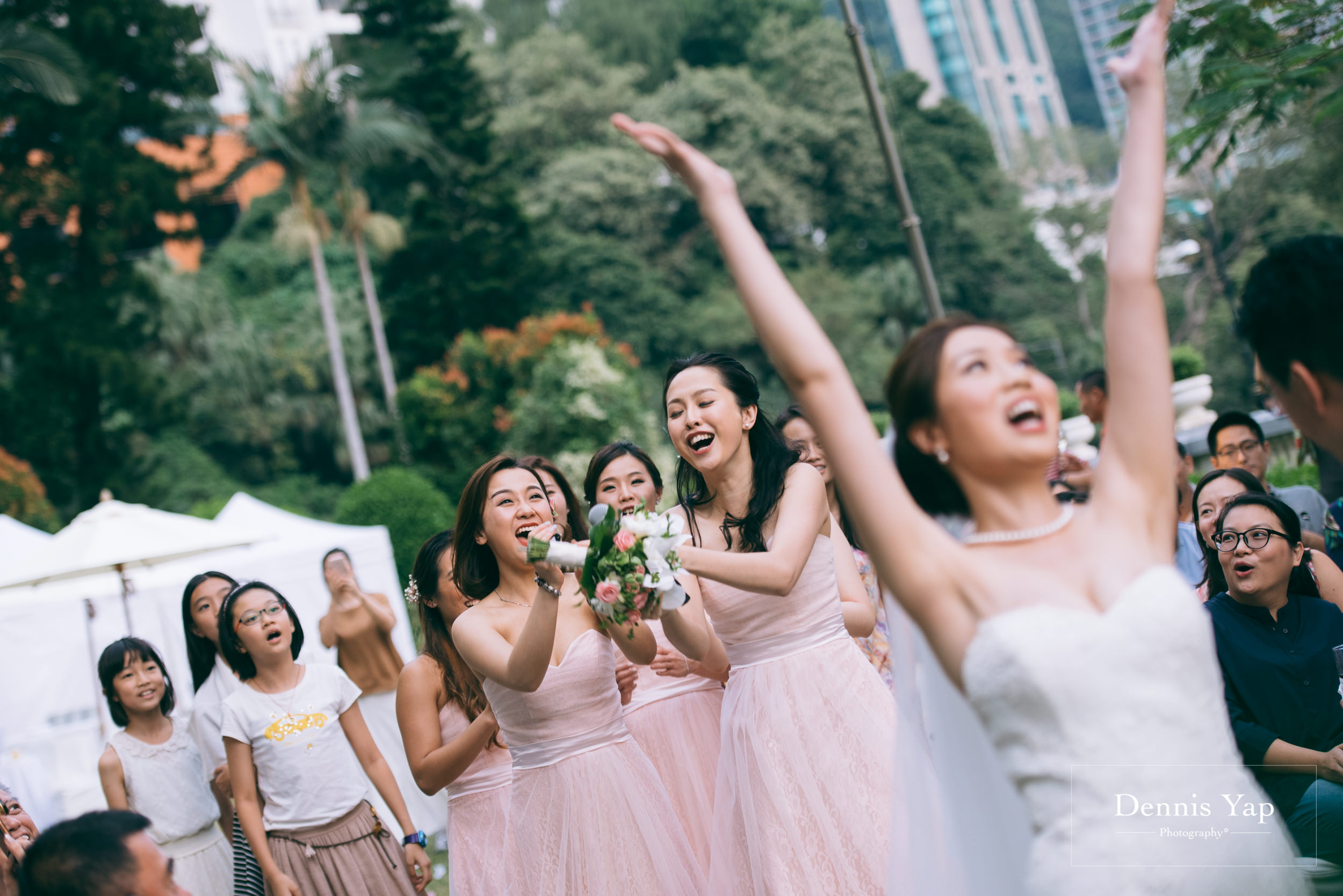 jason crystal wedding day gate crash hong kong garden wedding dennis yap photography-34.jpg