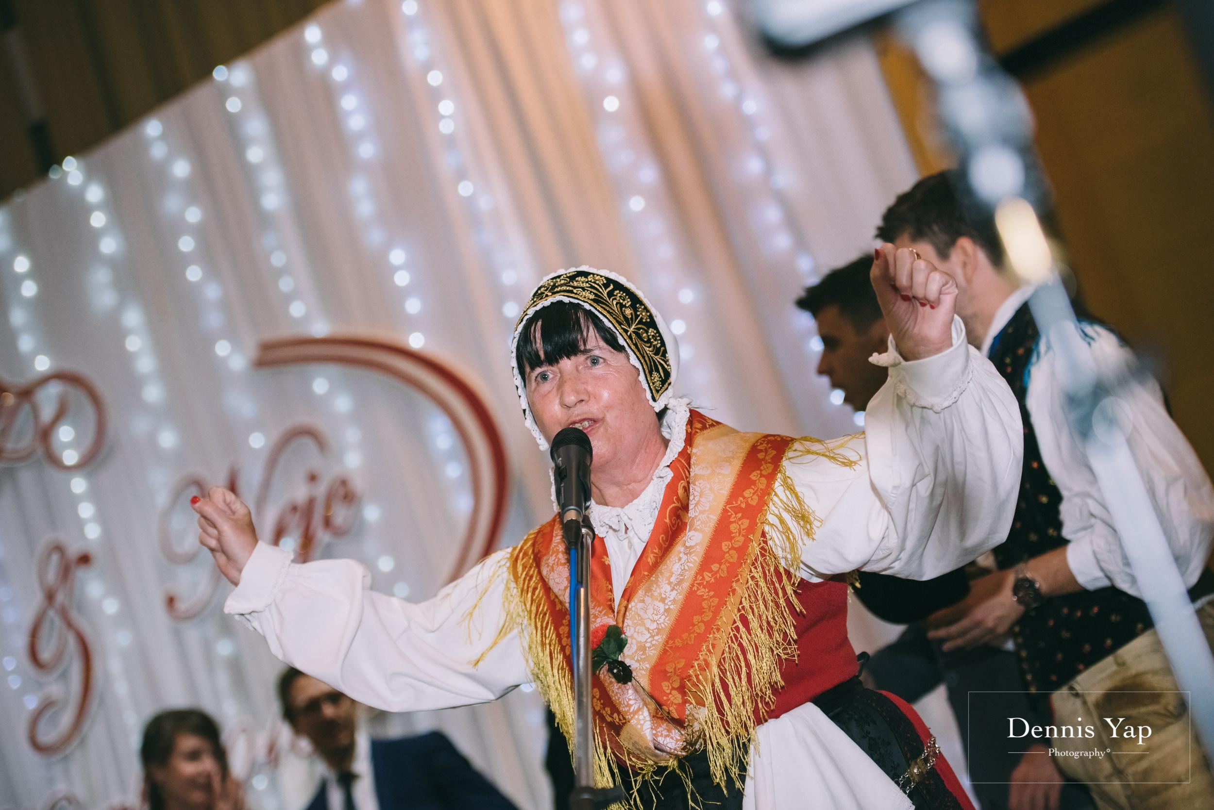 nejd leena slovenian wedding reception malaysia wedding photographer dennis yap premier hotel klang-11.jpg