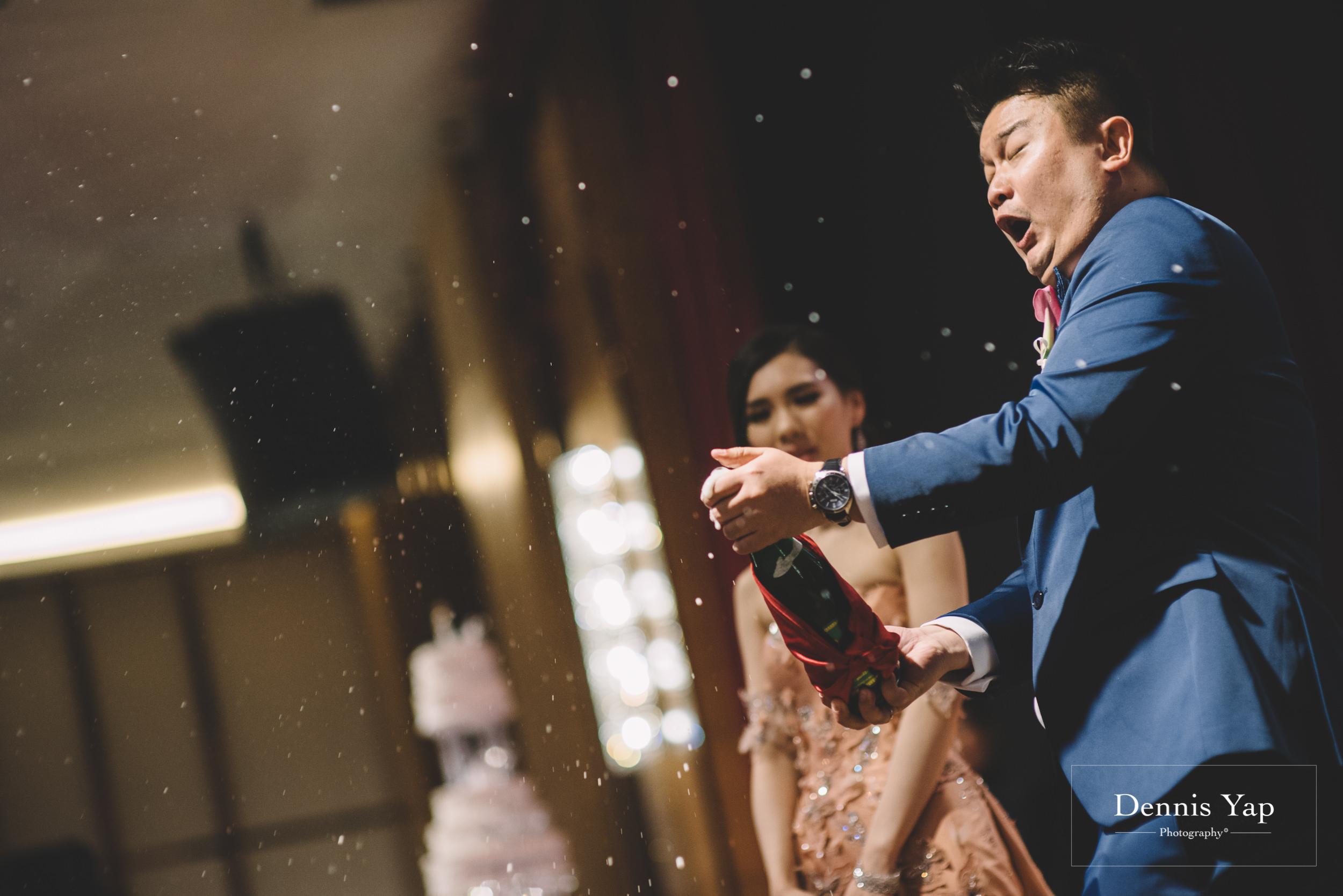 johnson joanne wedding dinner klang centro malaysia wedding photographer dennis yap-16.jpg