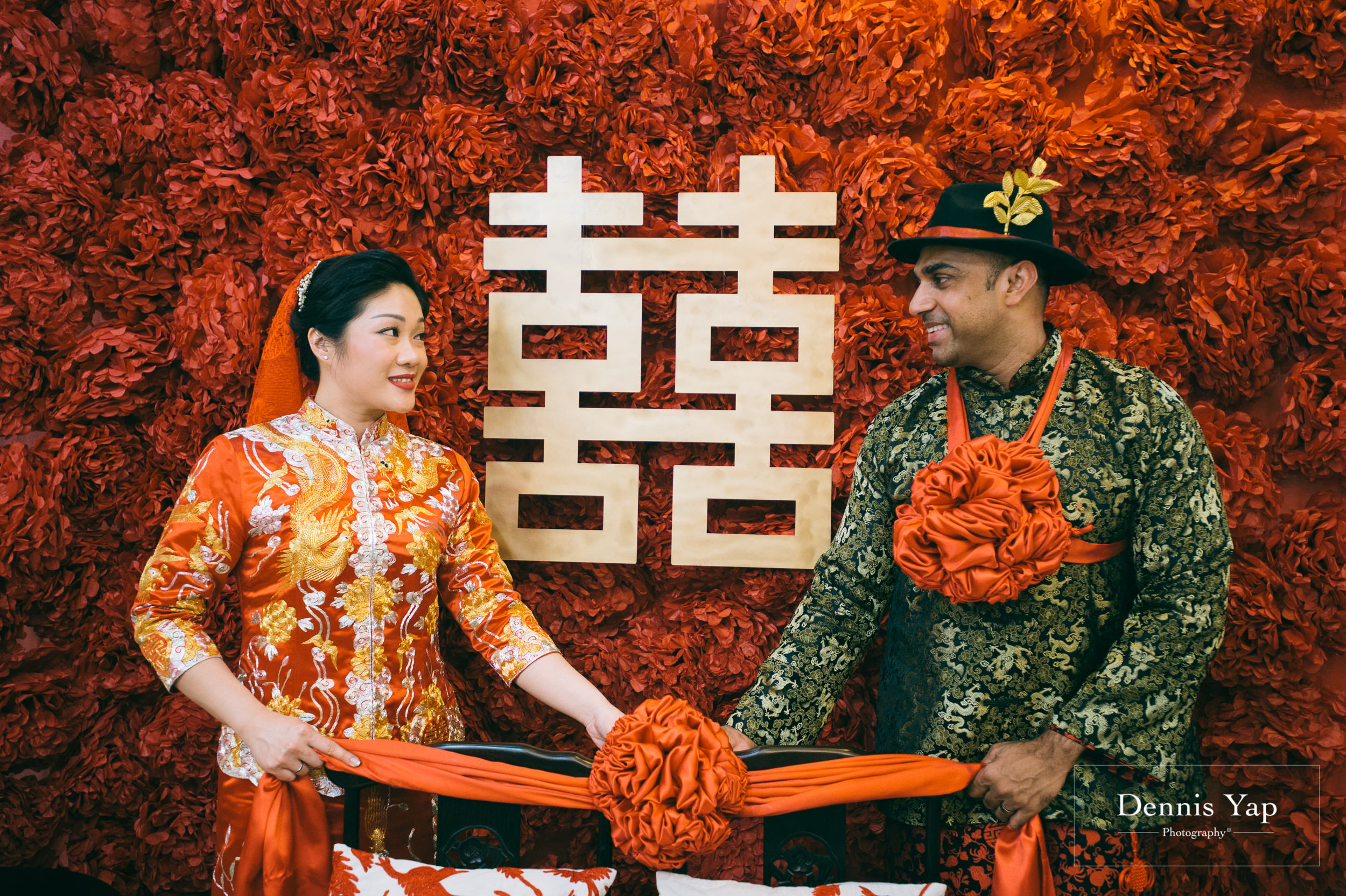 azmi zahraa wedding day gate crash traditional chinese and malay wedding dennis yap malaysia photographer-16.jpg