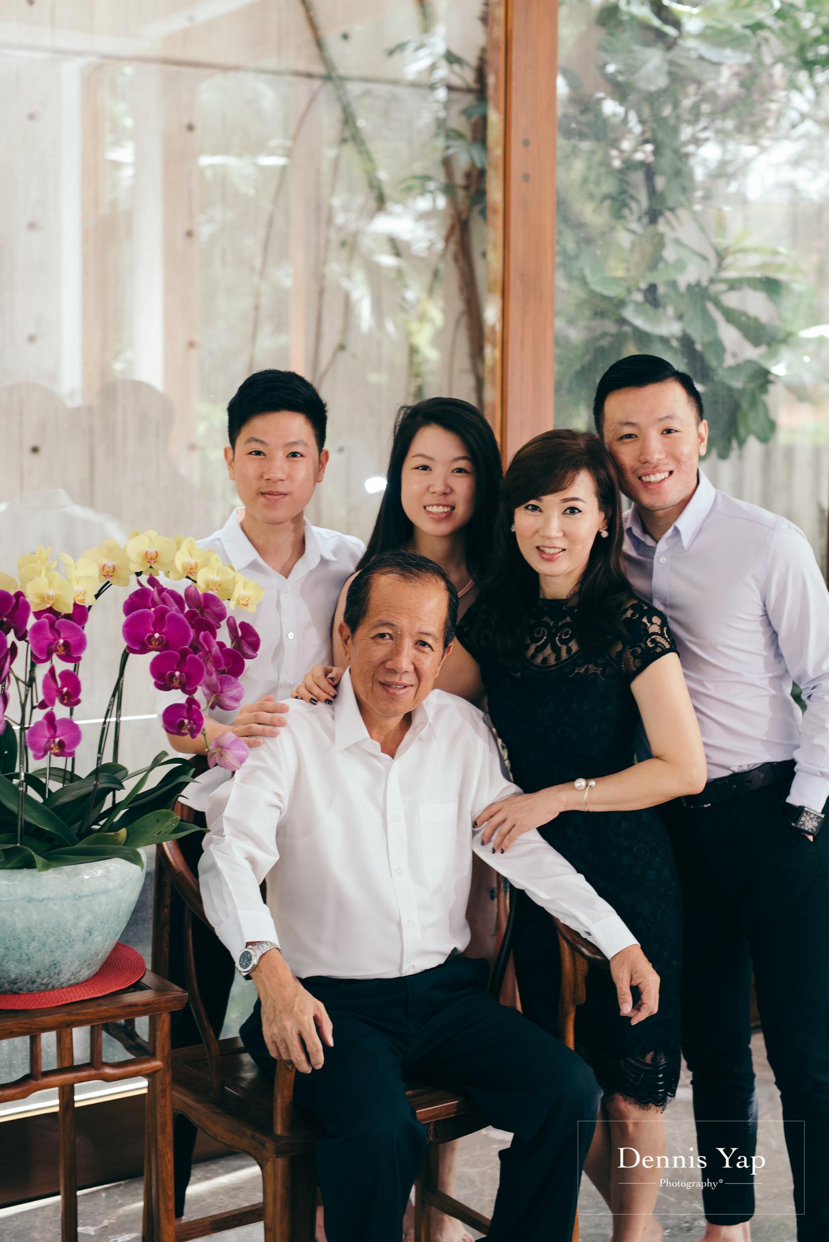joanna family portrait luxury casual candid family portrait dennis yap photography-1.jpg