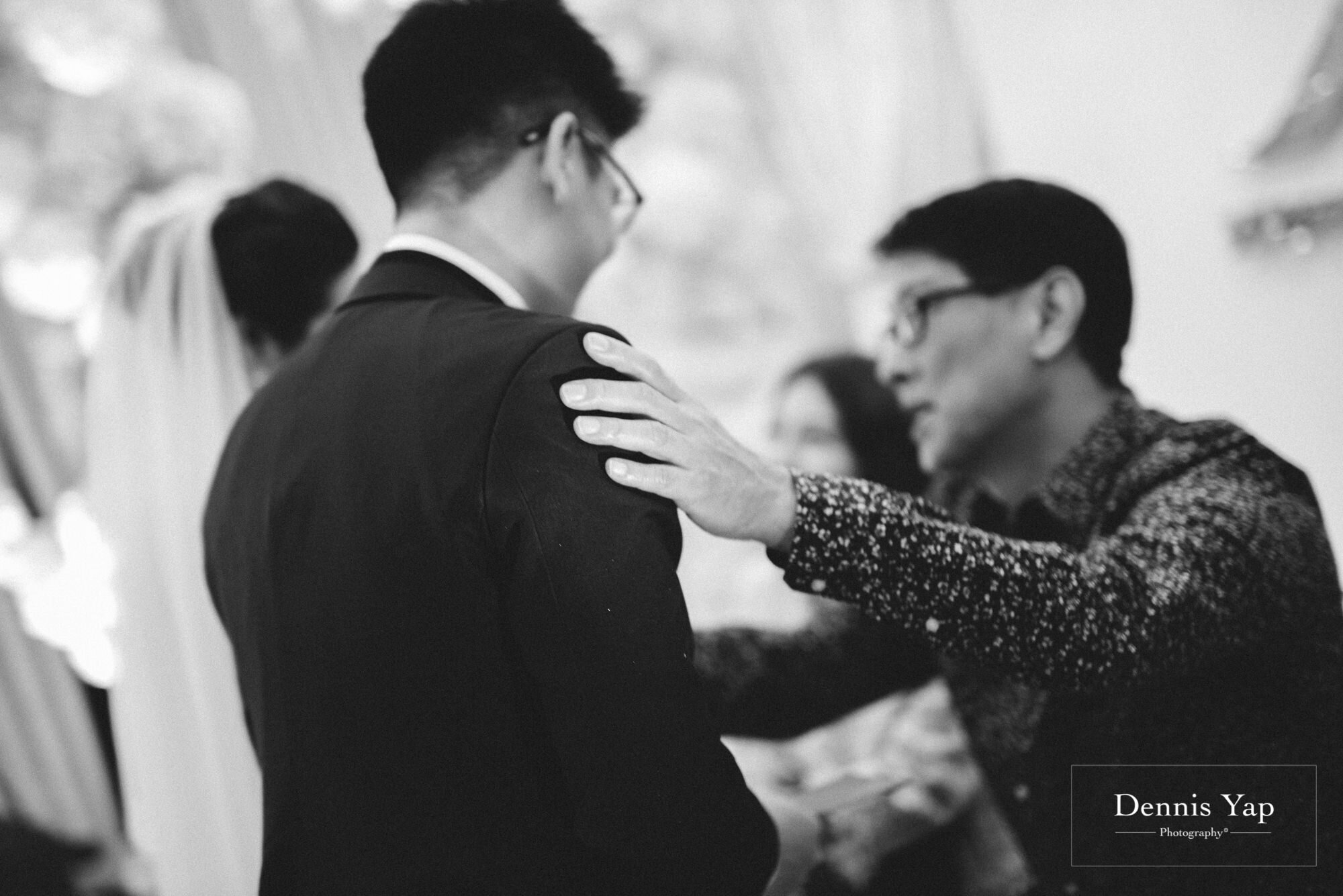 kevan khing wei wedding day hilton kuala lumpur vow exchange ceremony dennis yap photography malaysia top wedding photographer-28.jpg
