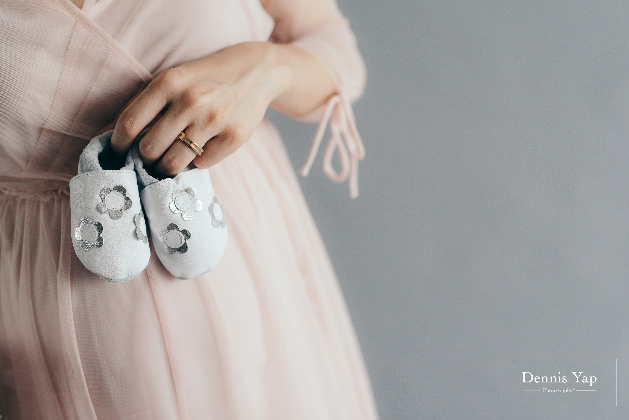 hwee jenna family maternity portrait portrait dennis yap photography beloved studio indoor-121.jpg