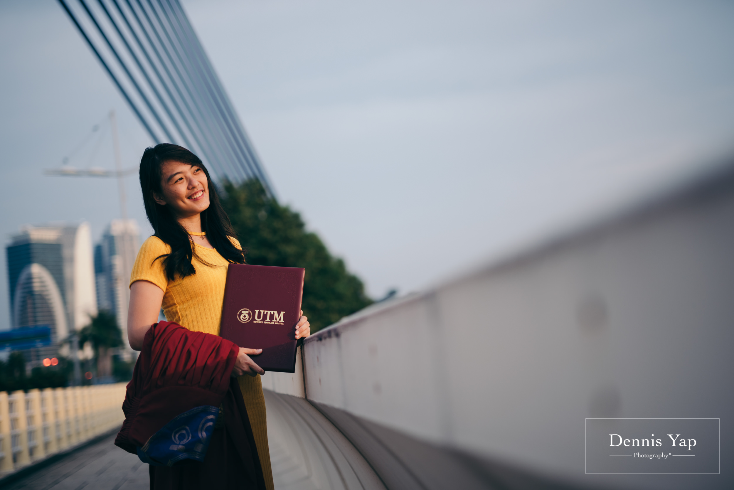 Tieng Wei graduation portrait putrajaya dennis yap photography family portraiture beloved uitm-123.jpg