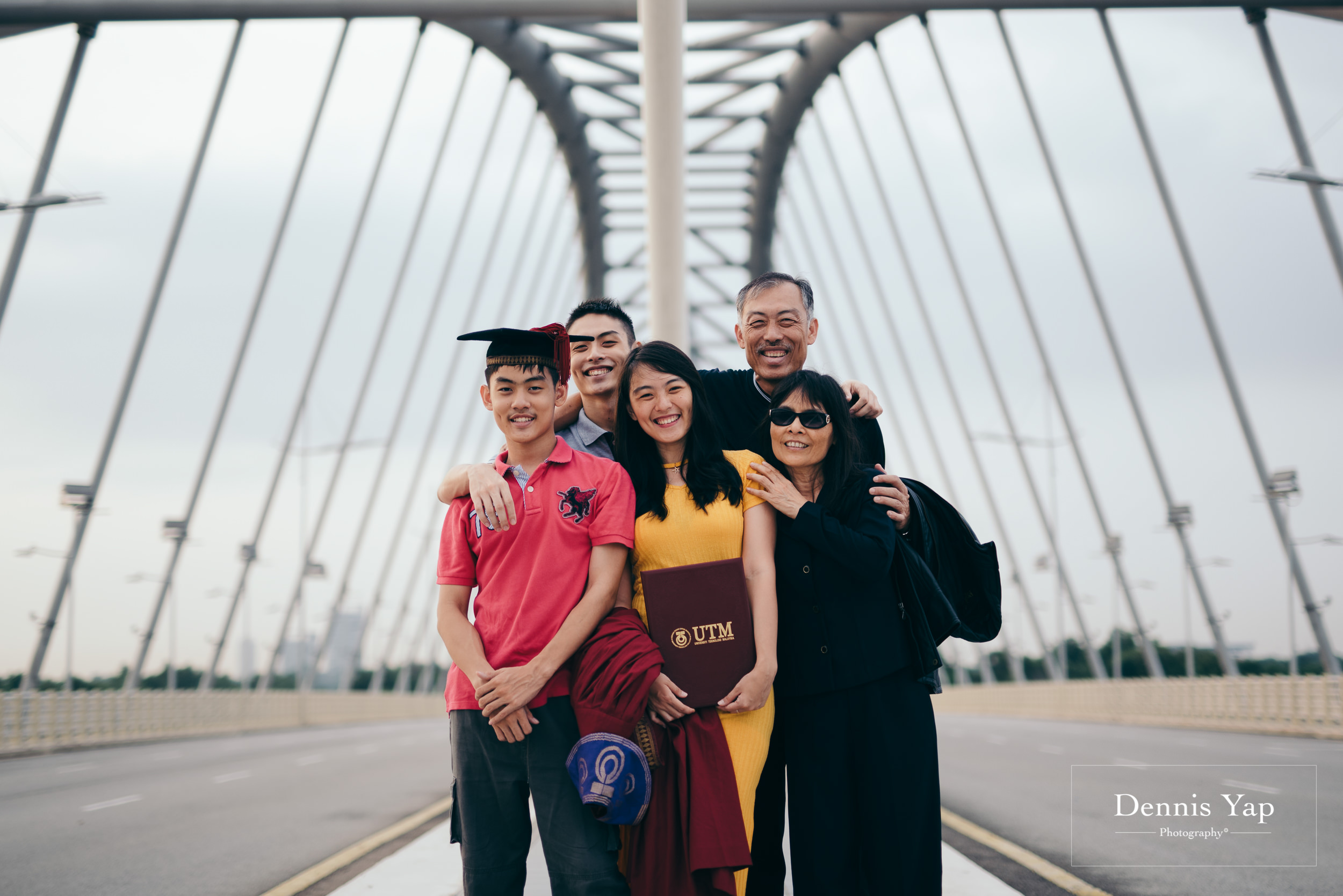 Tieng Wei graduation portrait putrajaya dennis yap photography family portraiture beloved uitm-124.jpg