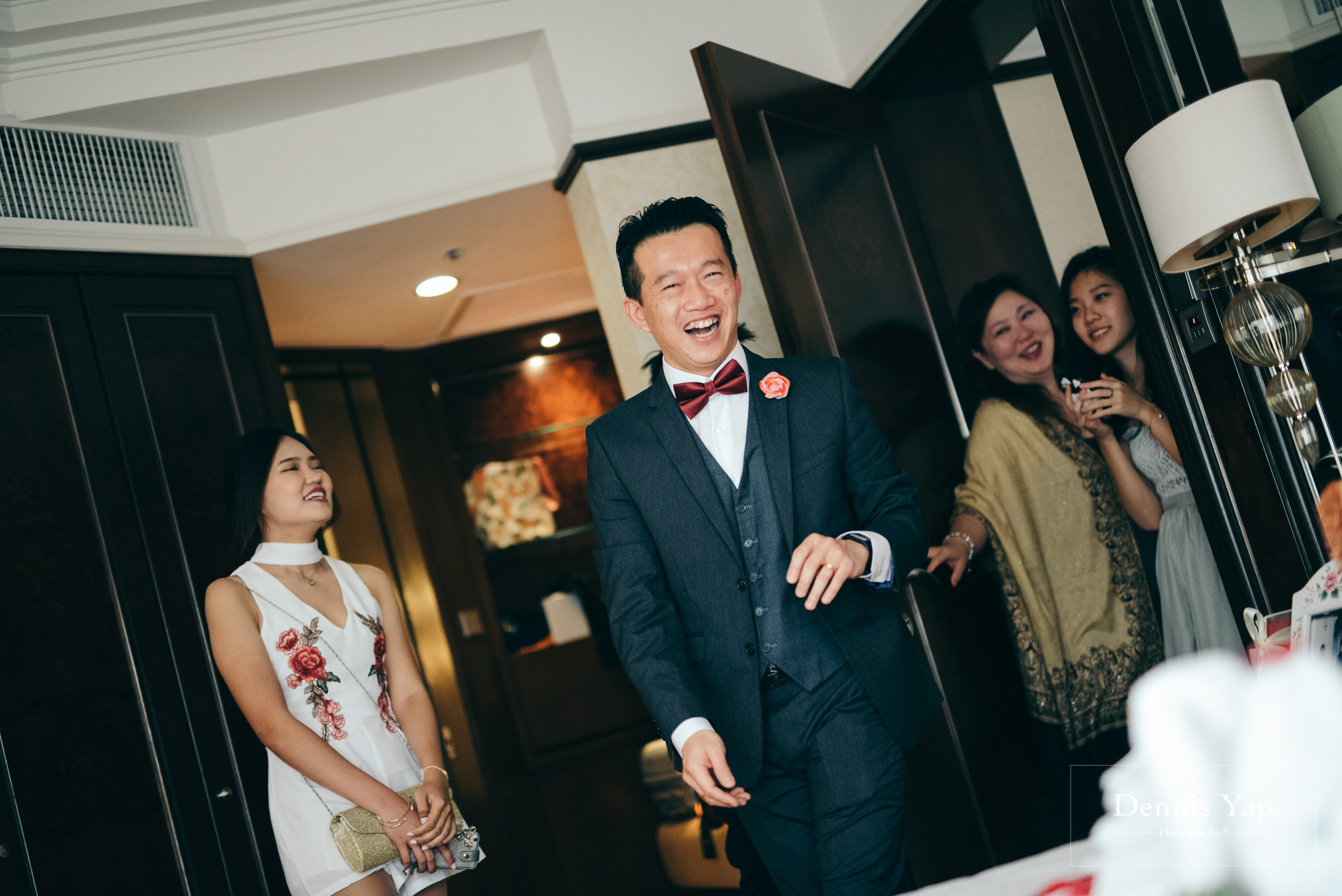 boon weng cyndy simple wedding gate crash luncheon shangrila kuala lumpur red traditional dennis yap photography-114.jpg