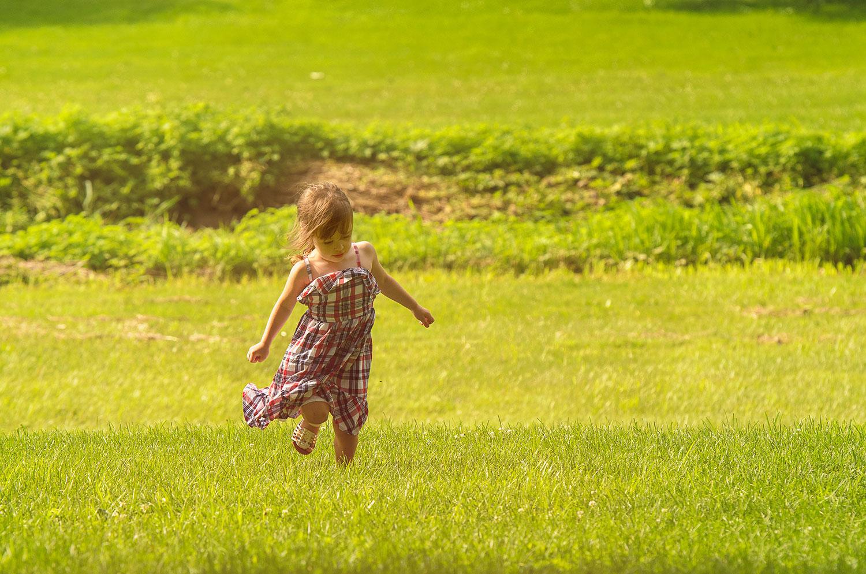 little_girl_running.jpg