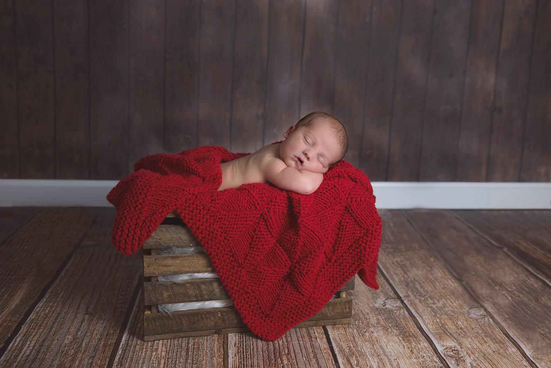 Newborn-Photo-Applebox-Wood-Floor.jpg