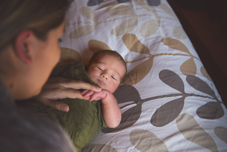 Newborn-Photo-Mother-Bed.jpg