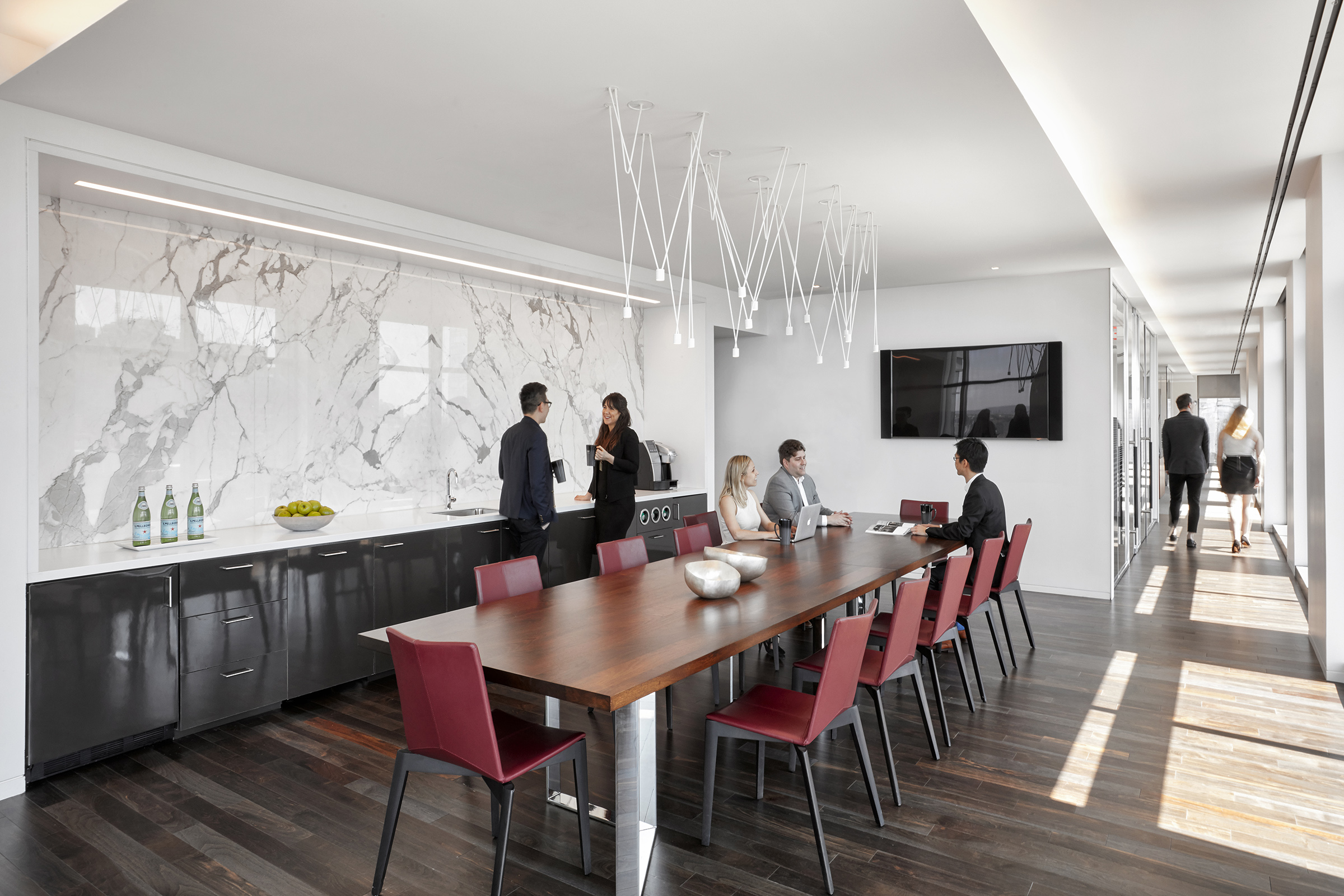 Architecture: Gensler  Photography: Garrett Rowland