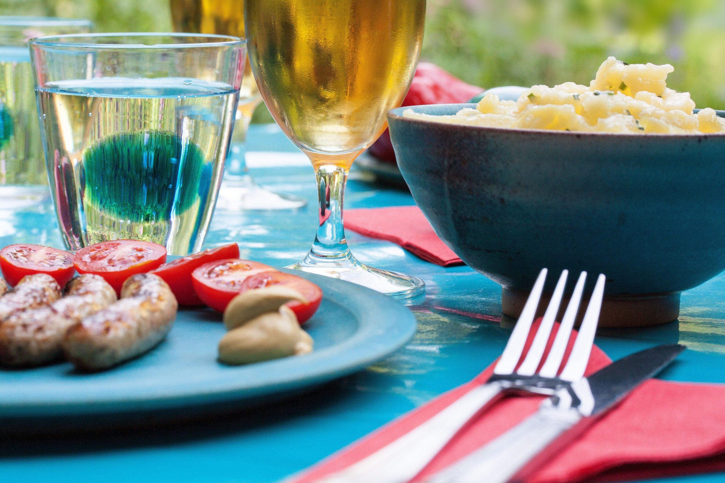 barbecue-beer-cutlery-2139.jpg
