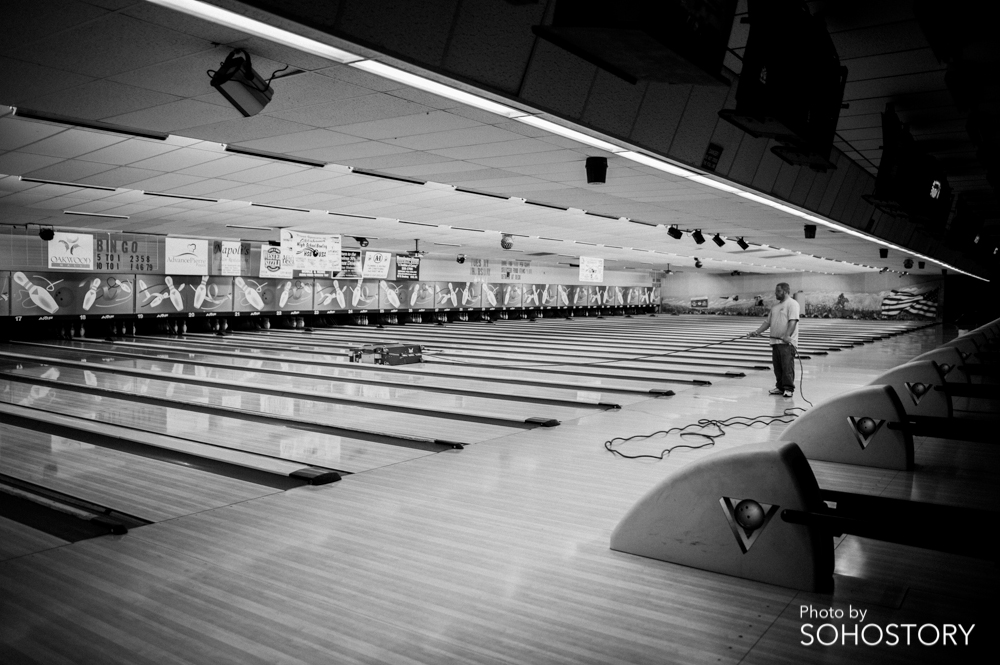 I just thought it was cool seeing a guy cleaning the lanes before a league game