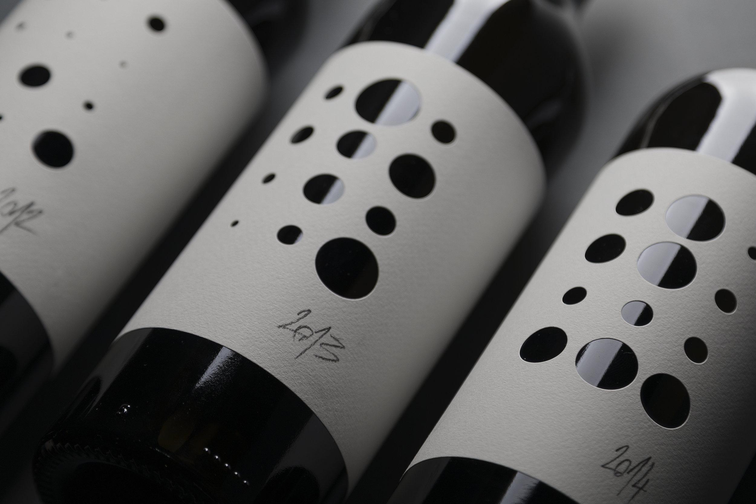 STUDIO SONDA - Piquentum St. Vital 121314 Collection Wine  (2)