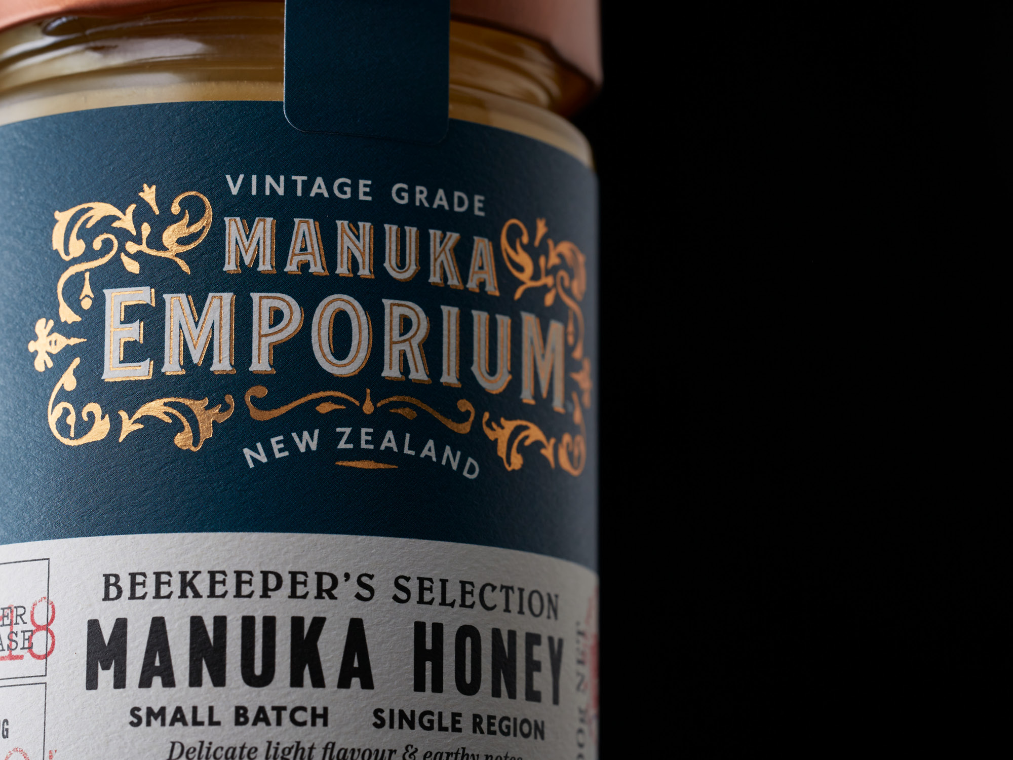 Vintage Brand and Packaging for Single Source Honeys / World Brand & Packaging Design Society