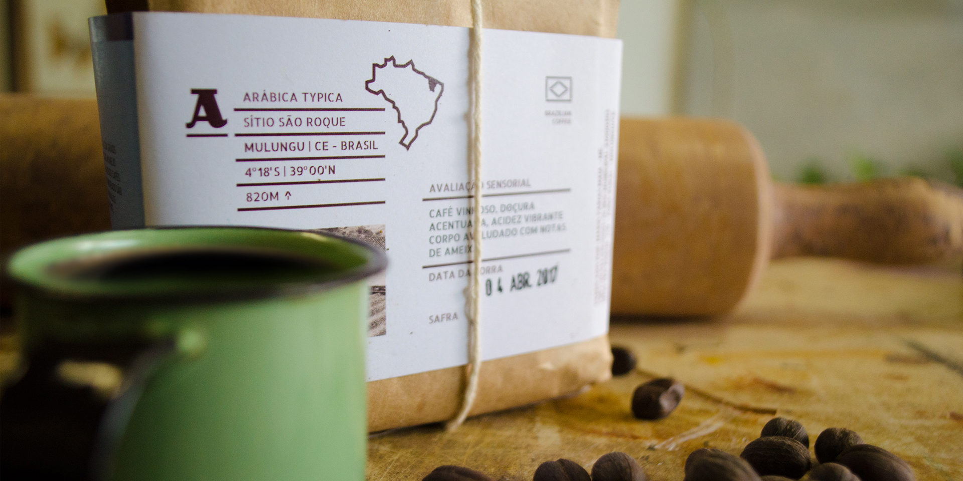 Brand and Packaging for Artisanal Coffee Products / World Brand Design Society