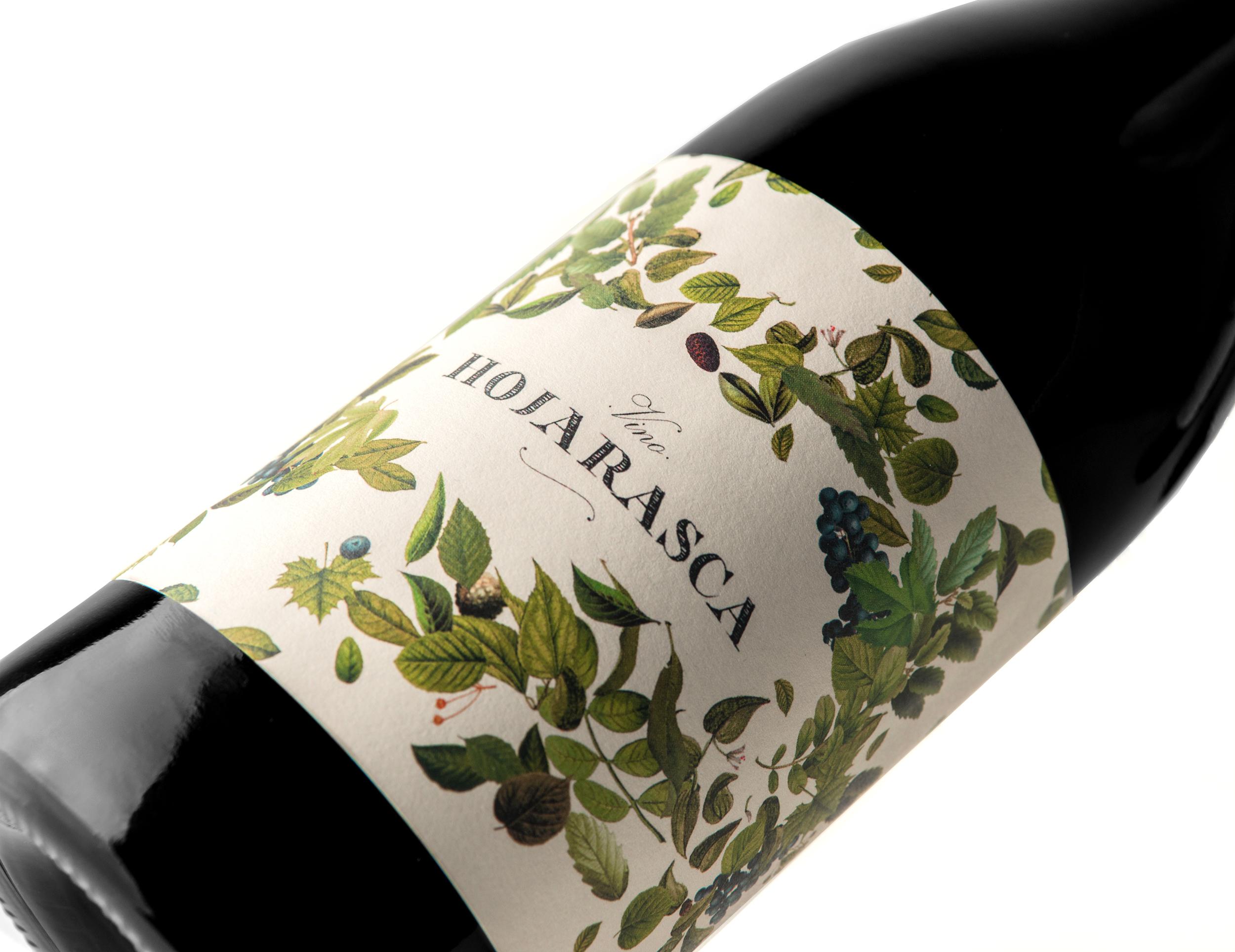 Packaging Design for Hojarasca Wine / World Brand Design Society