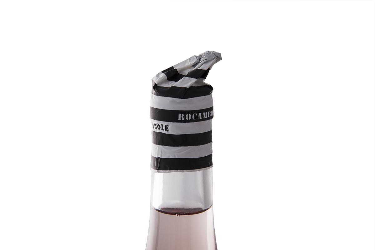 Funny and Elegant Packaging Design for Rosé Wine / World Brand Design Society