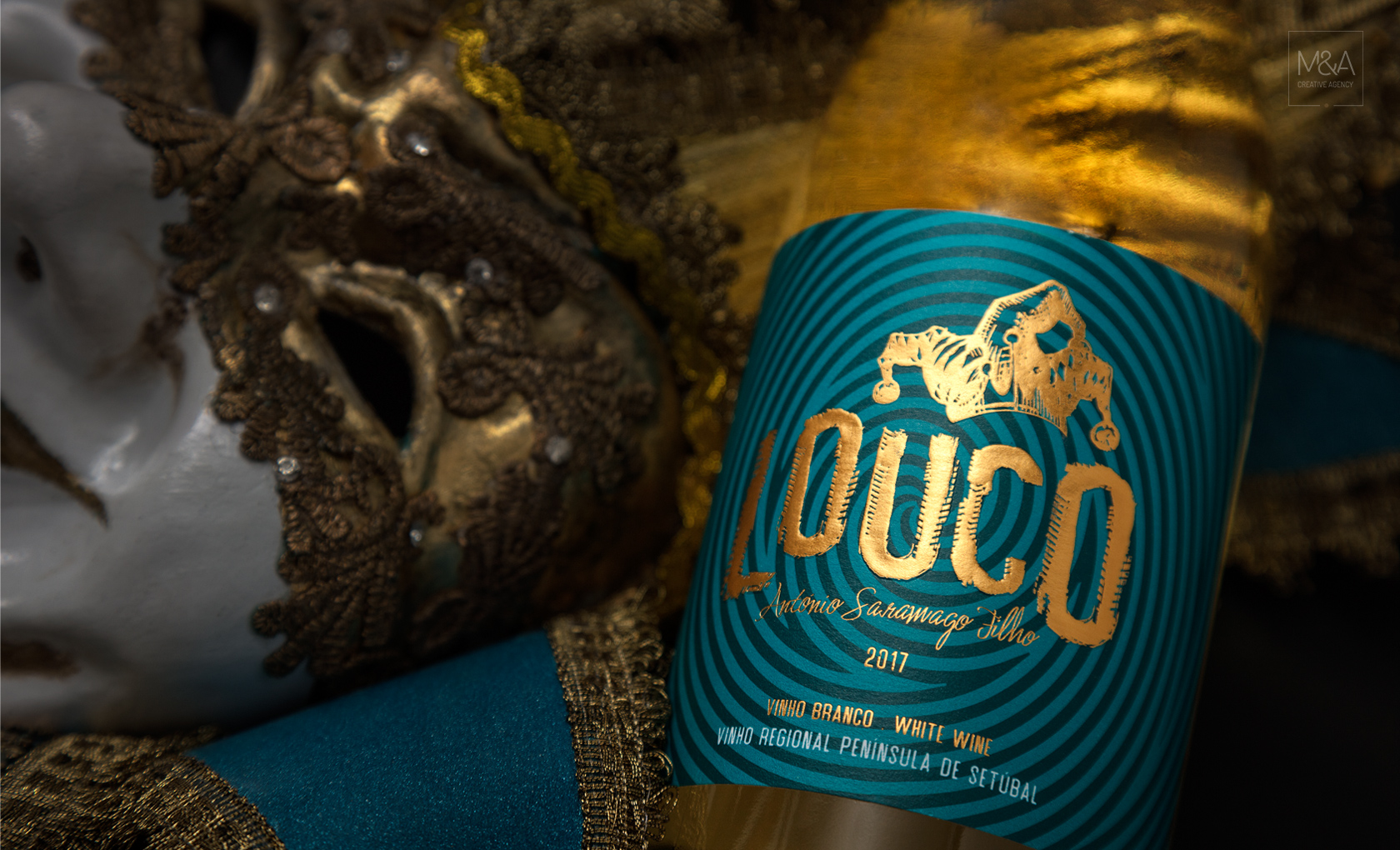 """""""Louco"""" - A Crazy Design For A Wine That Breaks Patterns / World Brand Design Society"""