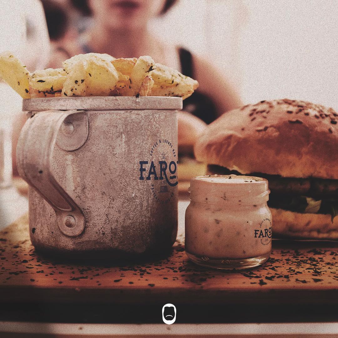Tiago Rocha Design Gráfico - Café Farol Lounge Bar & Delicacies Bistro3.jpg