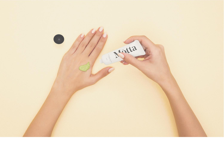 Dainin Solis - Motta Cosmetics12.jpg