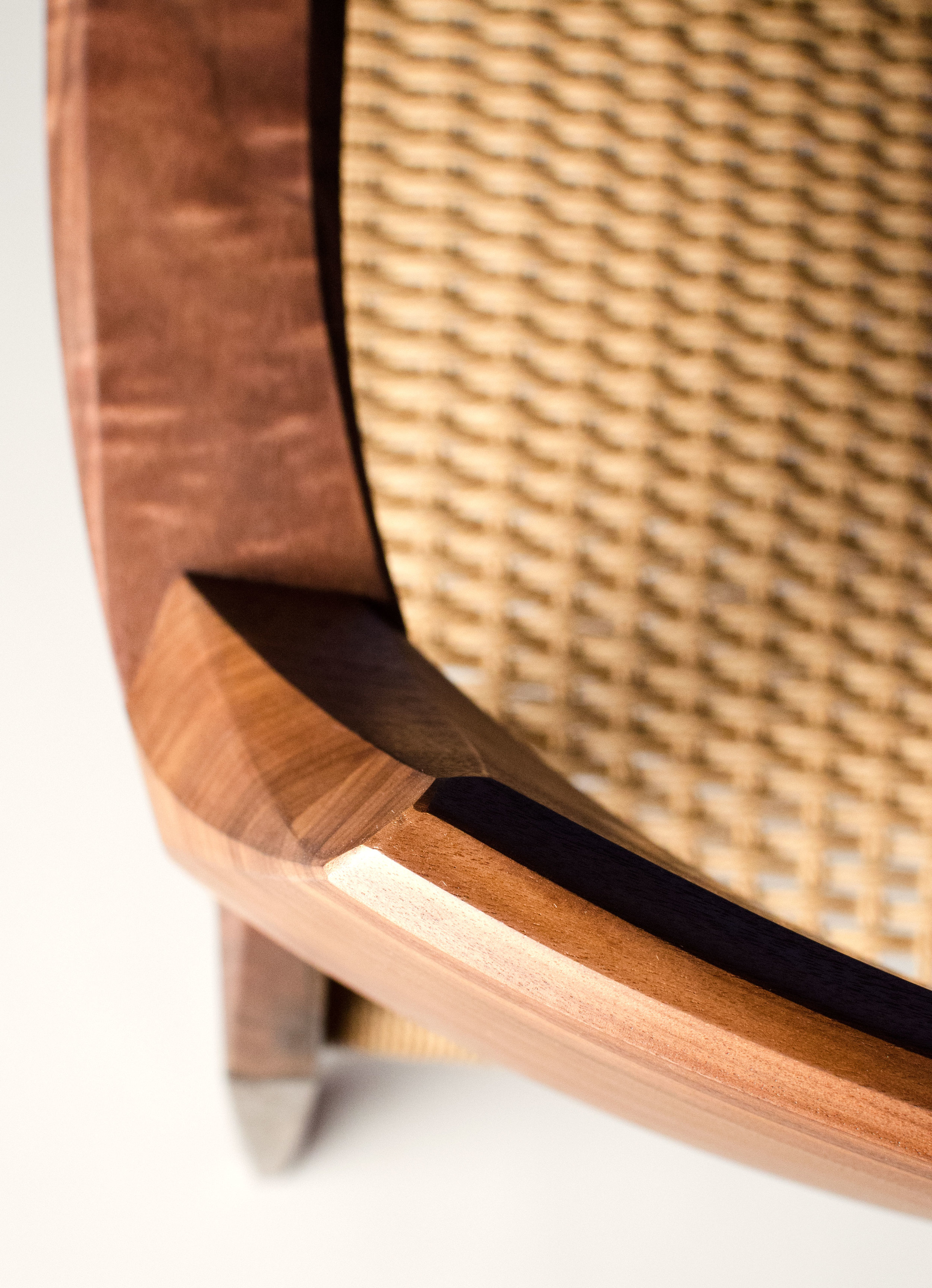 Iron-and-Ash-Linville-chair-2-detail-3-Web.jpg