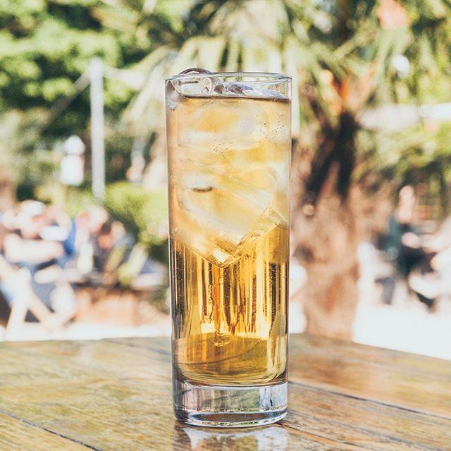 /// Vodka RedBull 4€ /// Freitag, 17.05.19 / HTWG Sommerfest /  #strandbar #konstanz #htwgsommerfest
