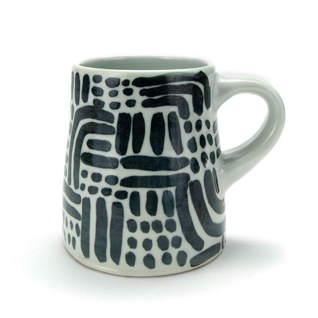 See if you can snag any of @eleanor_anderson_studio #mugsforsale ~~ her recent posts have directions for sales ~~