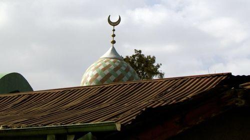 mosque2.jpg
