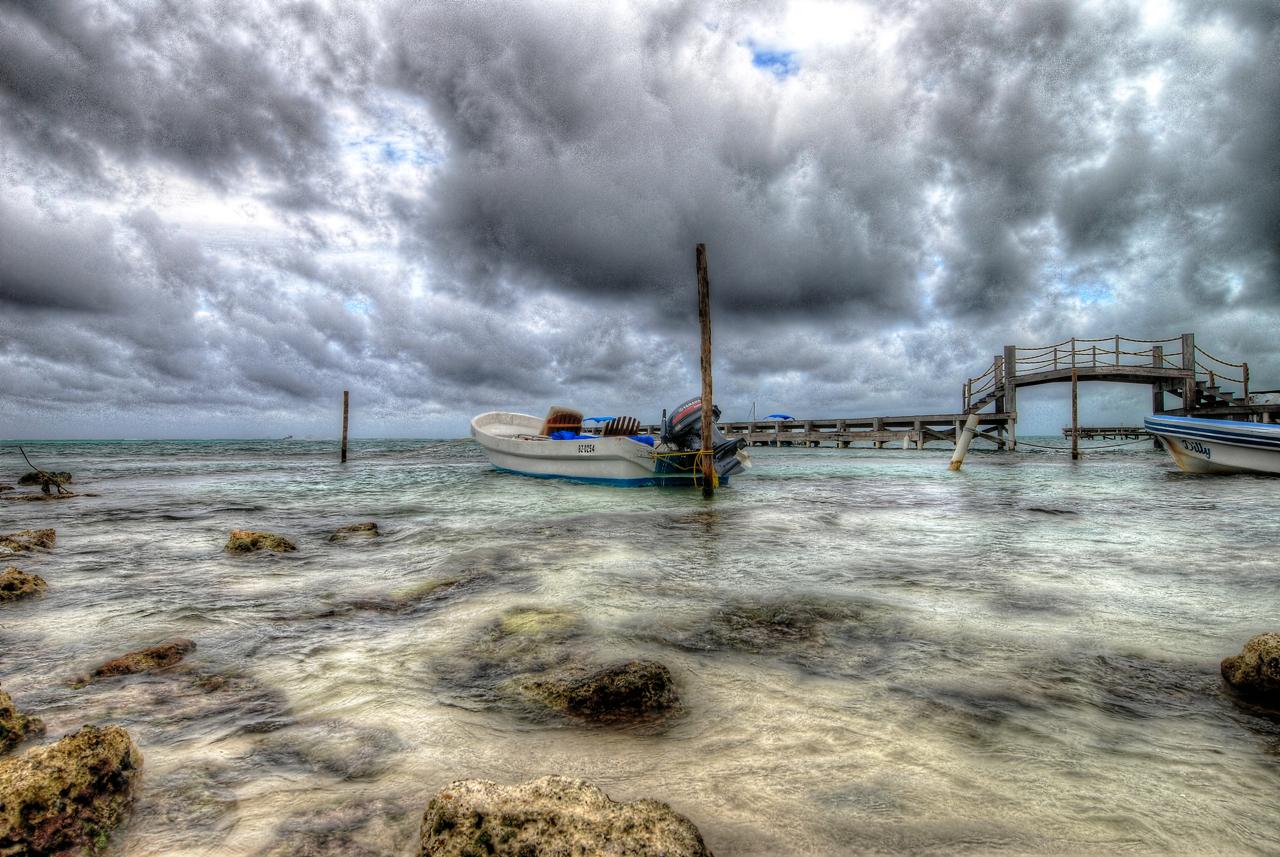 Belize Boat HDR.jpg
