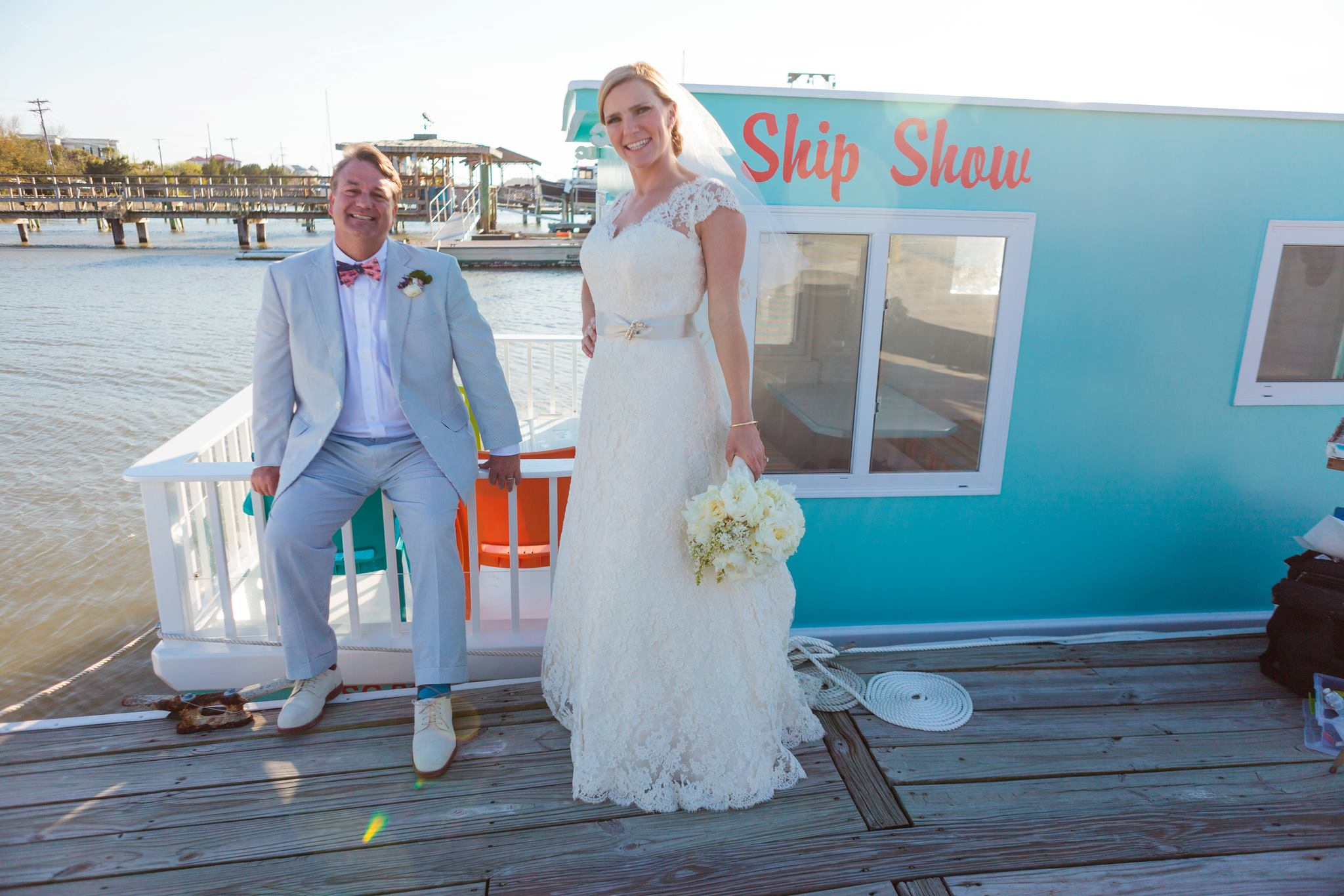 Wedding Painting by Weddng Artist Ben Keys of Wed on Canvas // Charleston, SC Wedding // Waterfront Wedding // Photo courtesy of Hunter McRae Photography