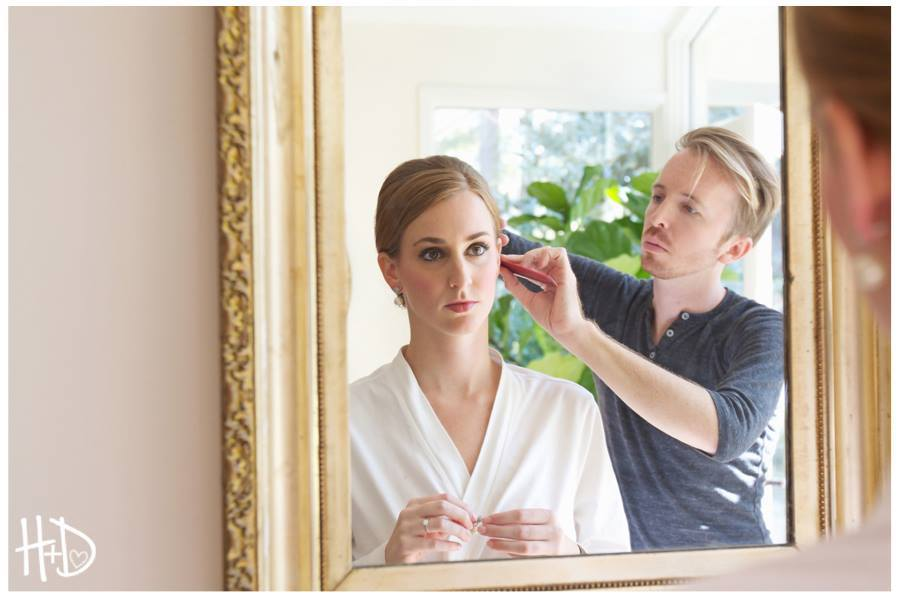 bride-getting-ready-hair-and-makeup-wedding-painter-wed-on-canvas