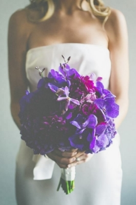 fuchsia-purple-radiant-orchid-flowers-come-together-events-foundation-for-the-carolinas-wedding-painter-ben-keys