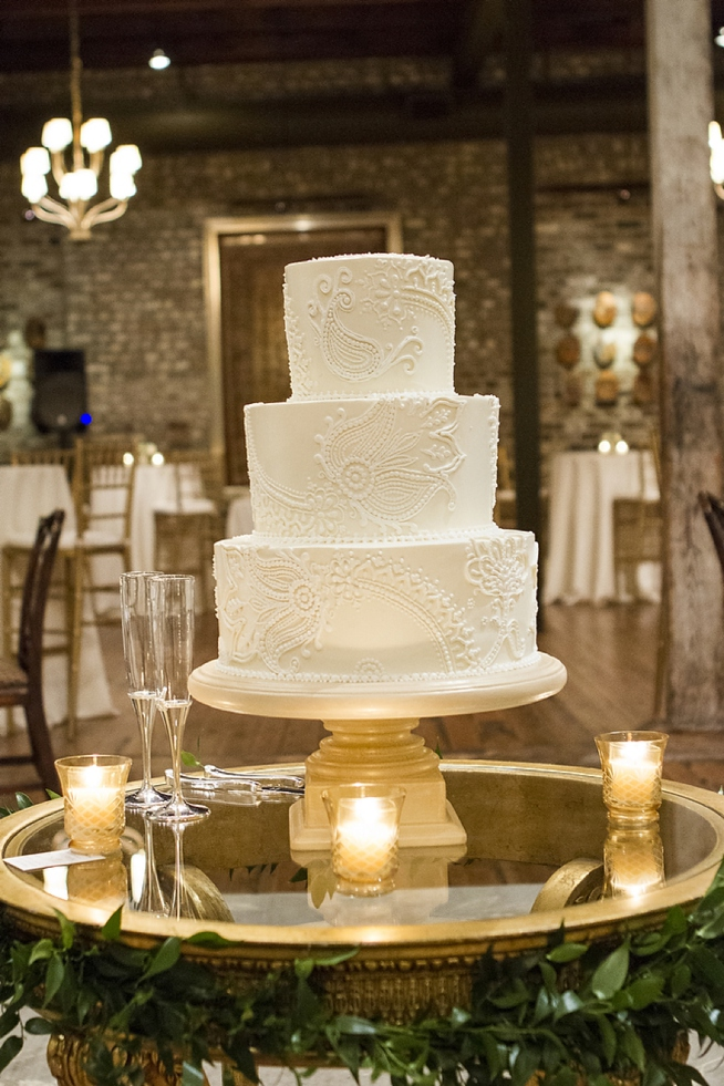 jim-smeal-wedding-cake-with-lace-design-charleston-wedding-artist-ben-keys-of-wed-on-canvas