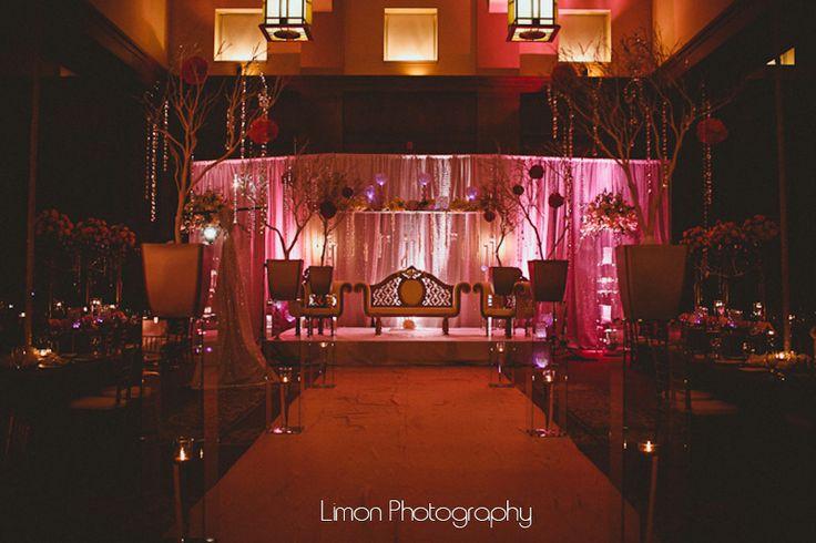 nouveau-events-limon-photography-chapel-hill-carolina-club-winter-wedding-crystal-decorations-wedding-artist-wed-on-canvas
