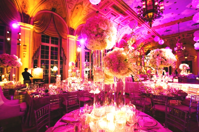wedding-artist-ben-keys-of-wed-on-canvas-wedding-painter-sara-renee-events-ben-keys-painting-live-palm-beach-bride