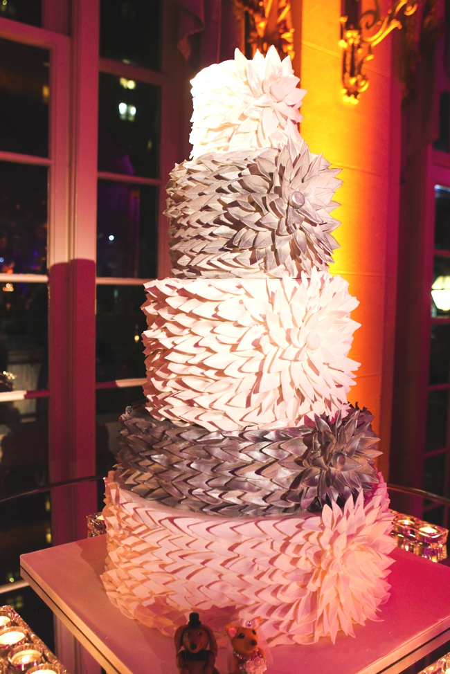 modern-silver-and-ivory-cake-covered-in-petals-the-breakers-palm-beach-luxury-wedding-cake