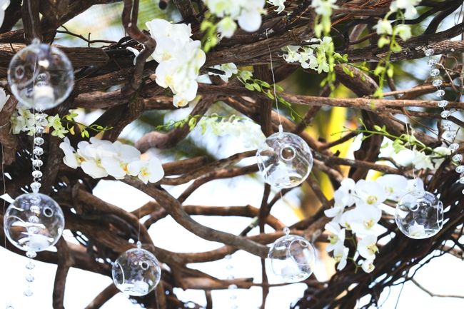 donna-newman-photography-celebrity-luxury-wedding-chuppah-details-with-orchids-crystals-and-glass-ornaments-palm-beach-breakers-wedding