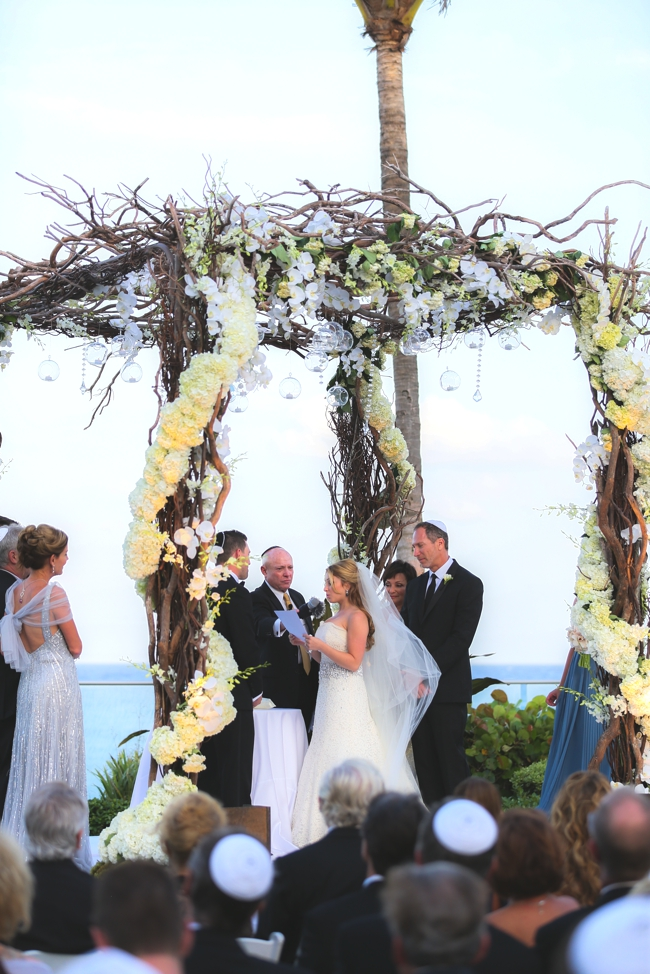 the-breakers-palm-beach-luxury-wedding-donna-newman-celebrity-photographer-chuppah-with-orchids-and-hydrangeas-beach-wedding-artist-ben-keys