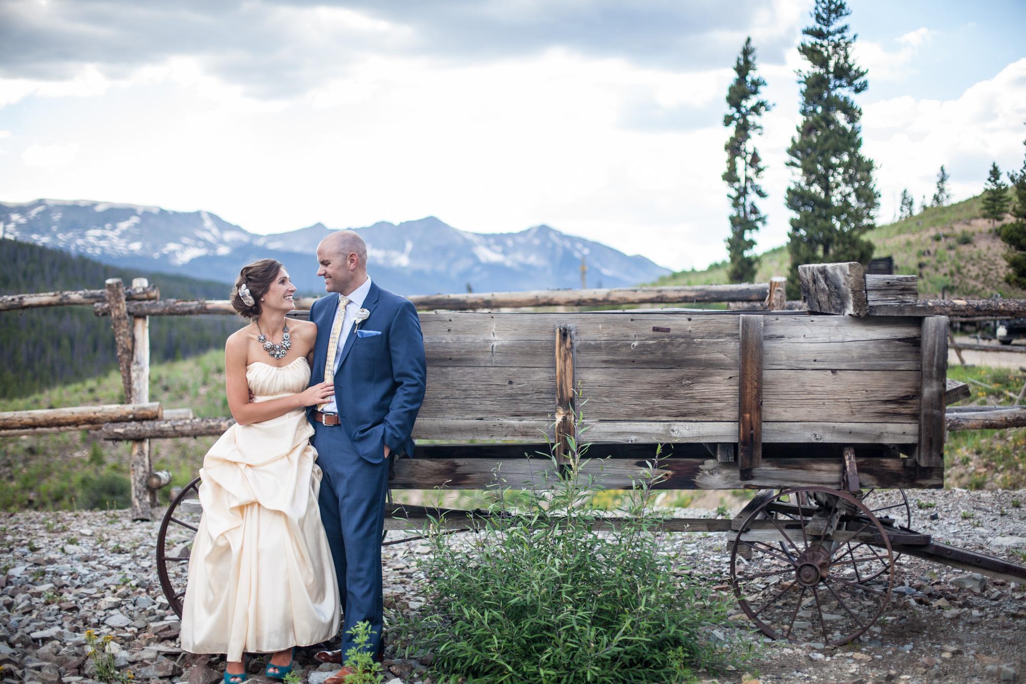 dry-gulch-placer-breckenridge-wedding-painter-ben-keys-wed-on-canvas-mountain-colorado-wedding