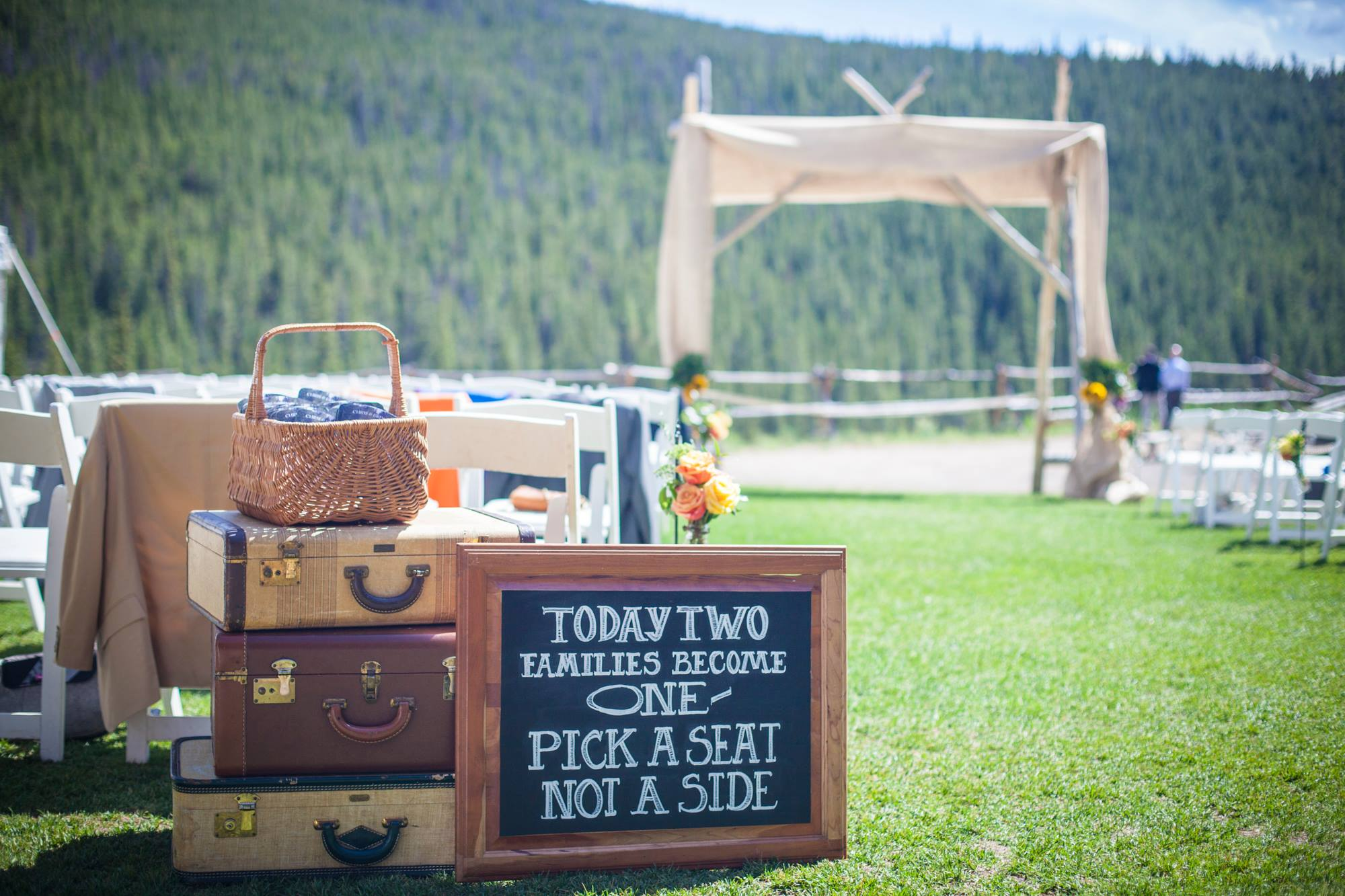 dry-gulch-placer-wedding-breckenridge-colorado-painter-ben-keys-live-wedding-artist