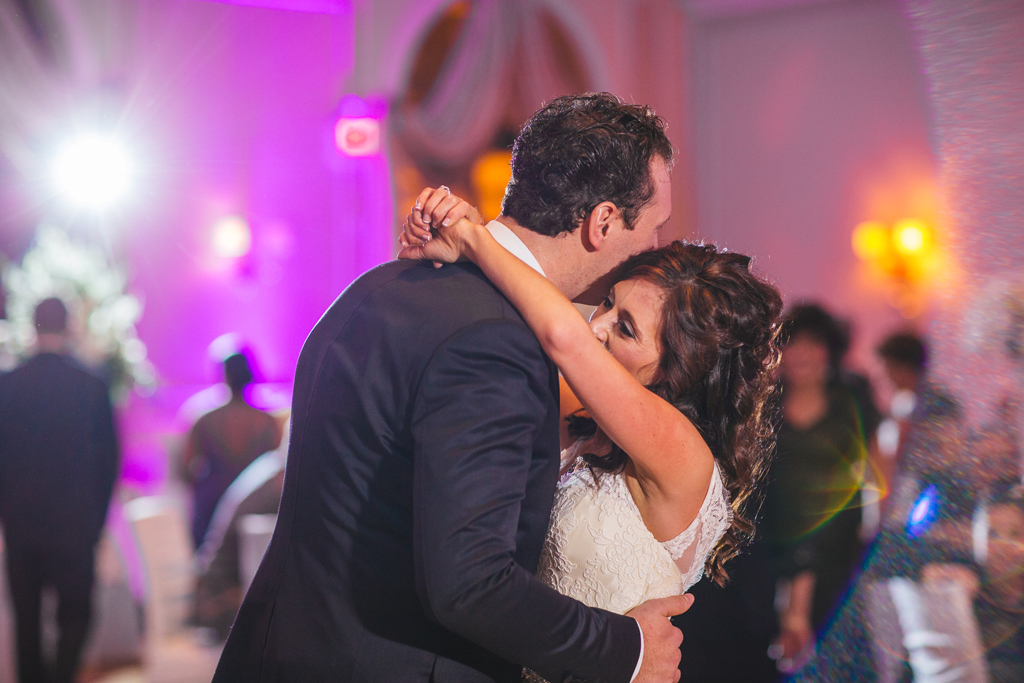 chicago-bride-and-groom-first-dance-venuti's-italian-banquet-wedding reception-live-painting