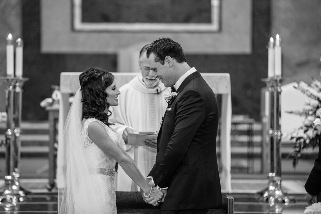 cathedral-of-st-peter-wedding-ceremony-chicago-live-wedding-painter