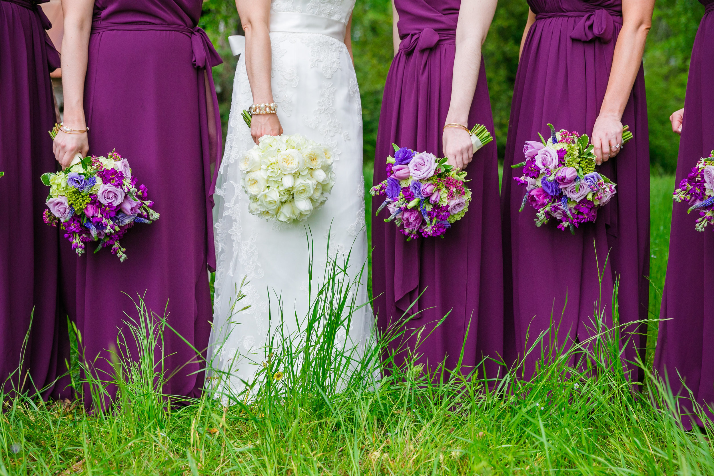 fuchsia-and-wine-bella-bridesmaids-wildberry-farm-barn-wedding-fuchsia-wedding-bouquet-sweetgrass-social-wedding-dana-cubbage
