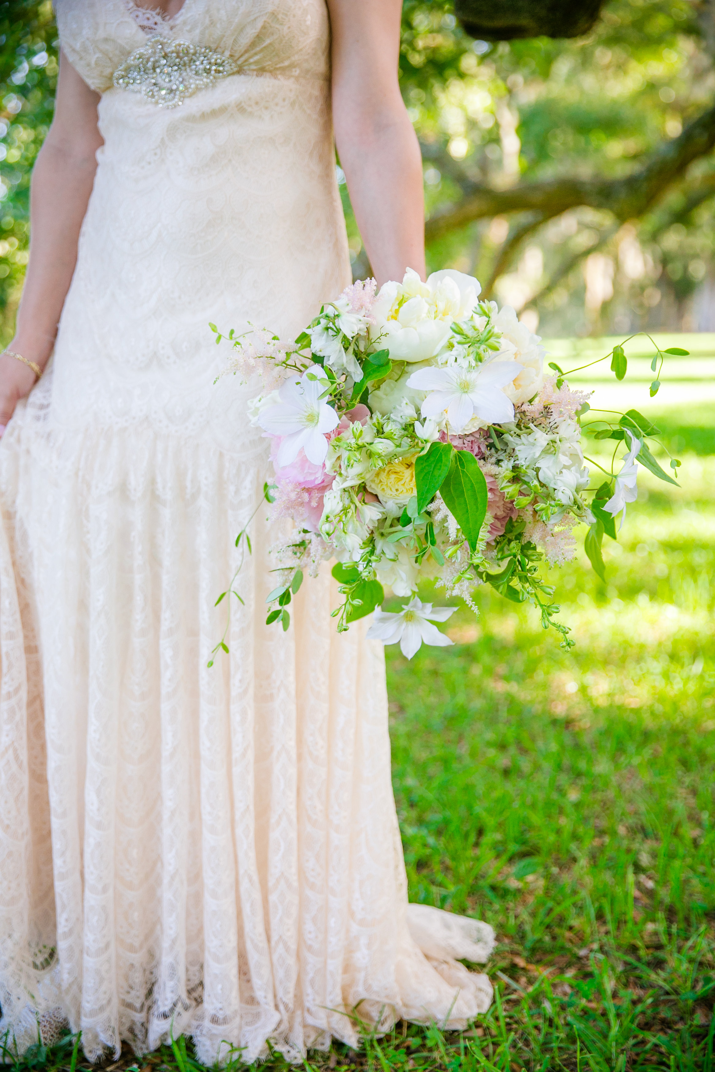 boone-hall-plantation-bridal-portrait-charleston-wedding